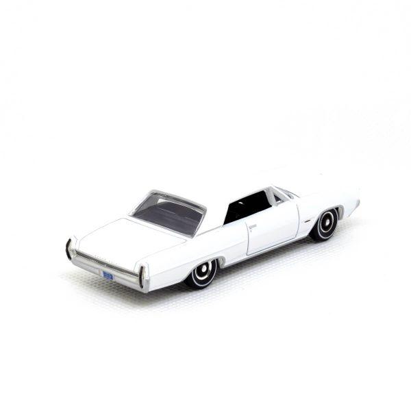 1964 Pontiac Grand Prix kovový model Auto World – M 1:64 (AW64032-3A)