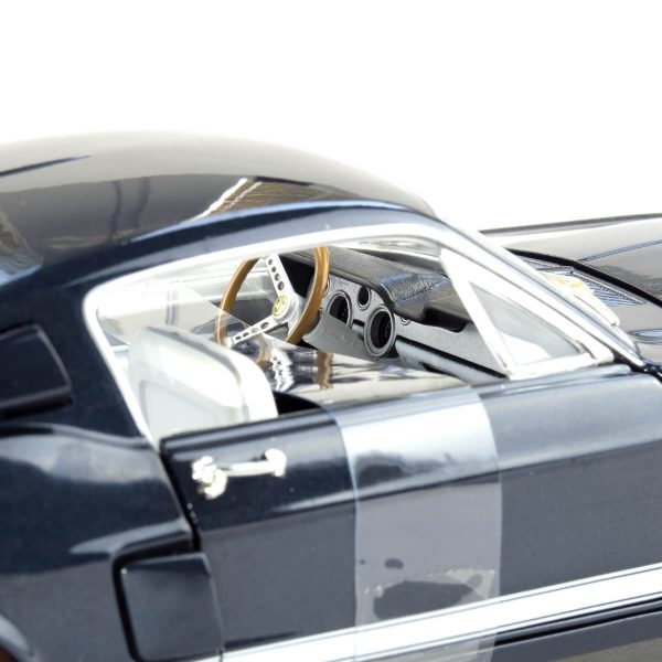 1967 Shelby GT-500 kovový model Auto World – M 1:18 (AMM1111)