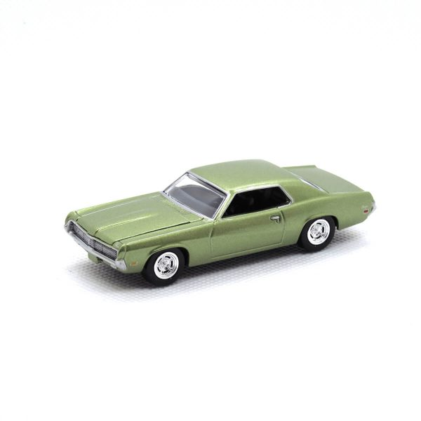 1969 Mercury Cougar kovový model Auto World – M 1:64 (AW64021-3A)