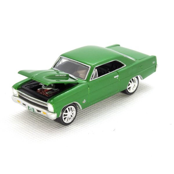 1967 Chevy Nova SS kovový model Johnny Lightning – M 1:64 (JLMC002-10A)