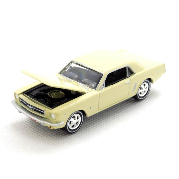 1965 Ford Mustang kovový model Johnny Lightning – M 1:64 (JLMC002-9B)