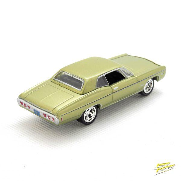 1968 Chevy Impala kovový model Johnny Lightning – M 1:64 (JLMC002-11B)