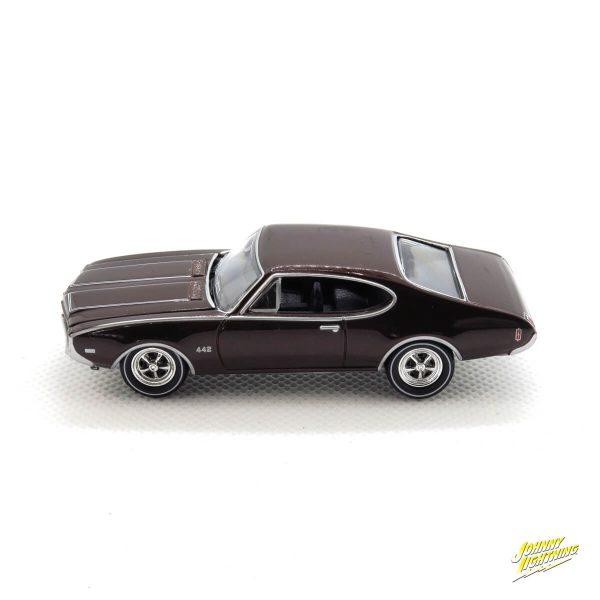 1969 Olds Cutlass 4-4-2 kovový model Johnny Lightning – M 1:64 (JLMC002-12B)