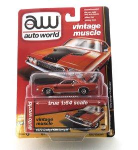 1972 Dodge Challenger kovový model Auto World – M 1:64 (AWSP003-B)