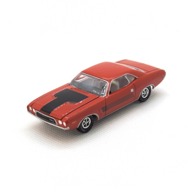1972 Dodge Challenger kovový model Auto World – M 1:64 (AWSP003-B)