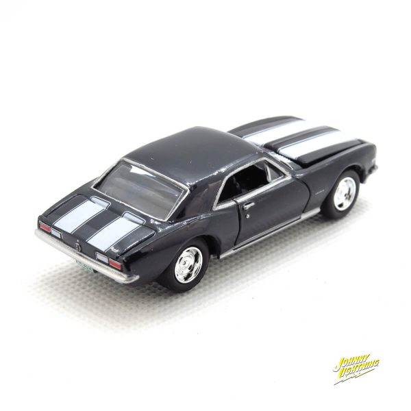 1967 Chevy Camaro Z28 kovový model Johnny Lightning – M 1:64 (JLMC002-8D)